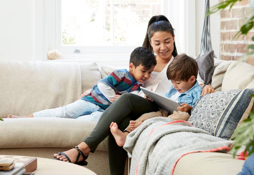 mother-sons-video-streaming-tablet